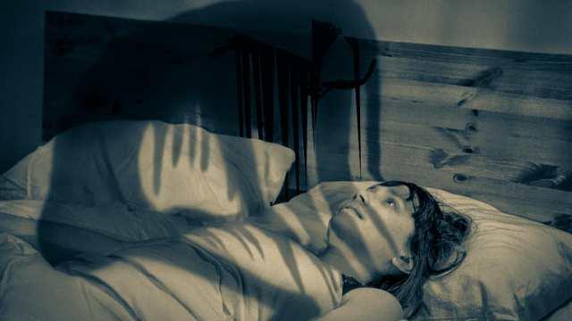 «Сонный паралич»: Кто вас душит по ночам?