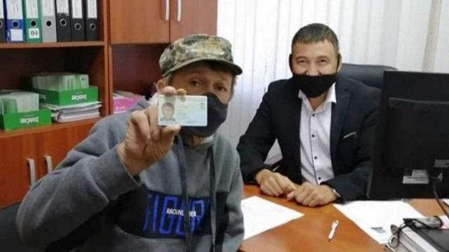 Скольким жителям области полицейские Костаная помогли получить документы