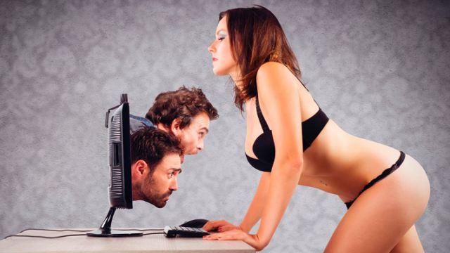 «Мы не проститутки!» Исповедь вебкам-модели из Казахстана