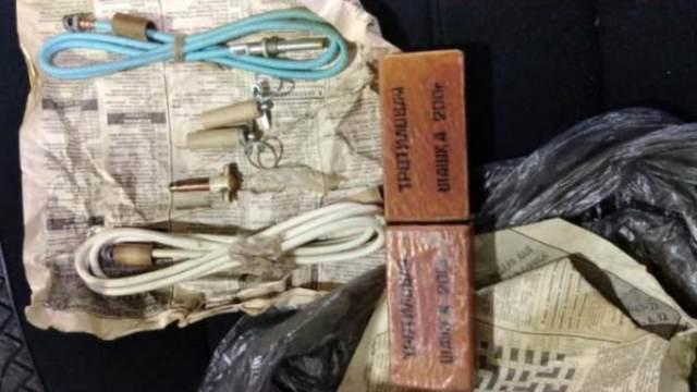 Костанайские полицейские помогли коллегам из России изъять тротиловые шашки и зажигательные трубки