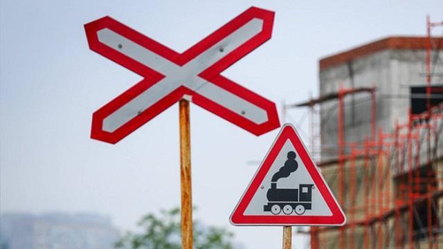 Столкновение локомотива и автомобиля произошло в Акмолинской области