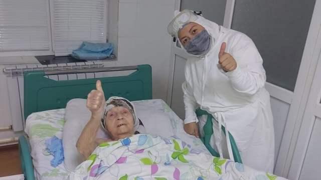 Кардиологи прооперировали 101-летнюю пациентку в Казахстане