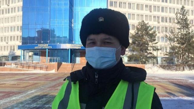 Полицейский из Костаная Амантай Байжанов рассказал, как спасал водителей в буран