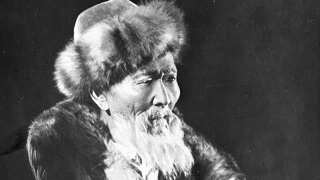 Видео: Сегодня — 175 лет со дня рождения великого казахского акына Джамбула Джабаева