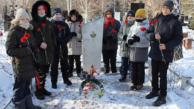 В Костанае акцию памяти погибшего в Афганистане Андрея Винника провели в тридцатый раз