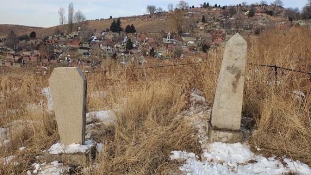 «Это осквернение памяти»: В Алматы умерших перезахоронили без ведома родственников