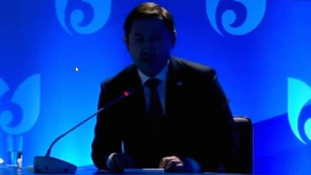 «Тушите свет»: Конфуз случился во время отчётной встречи акима Шымкента