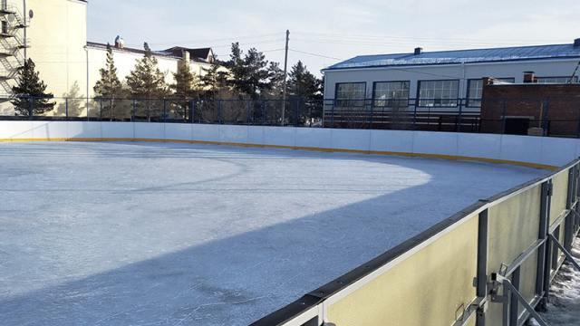 Хоккейный корт за 13 млн тенге появился в райцентре Костанайской области