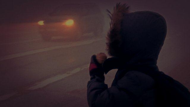 Подвёл будильник: Родители отправили ребёнка в школу посреди ночи в Челябинской области
