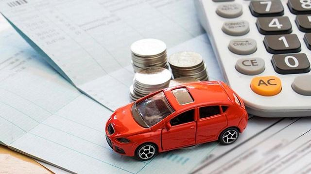 Какую сумму задолжали казахстанцы по налогу на транспорт