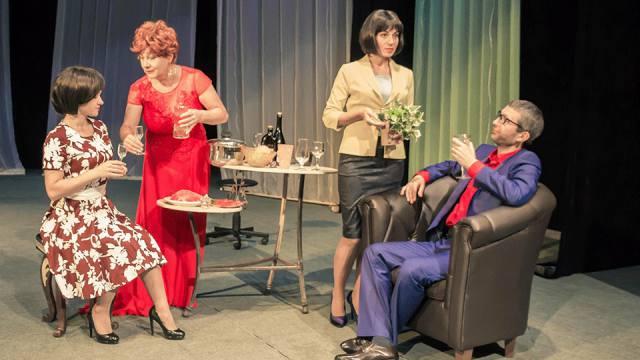 Костанайский областной русский драмтеатр ждёт зрителей на спектакли