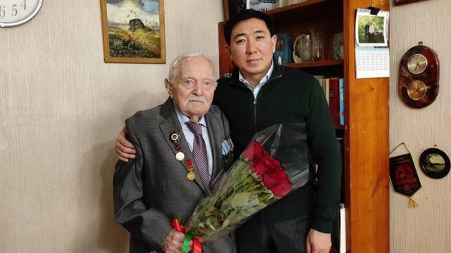 До 95 лет дожил ветеран Великой Отечественной войны, пьющий воду с кремнием в Казахстане