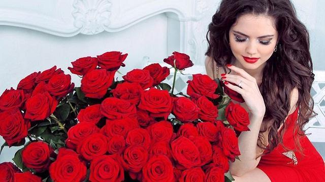 «Не дарите цветы»: Шуточный фейк прокомментировали в Минздраве