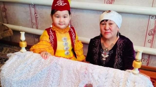 Хранительница казахских обычаев живет в Костанайской области