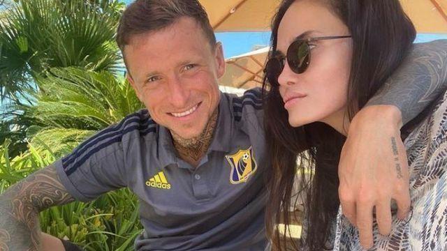 Футболист Павел Мамаев попался на измене с горячей испанкой