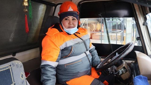 «Сломали систему»: Истории казахстанок с «неженскими» профессиями