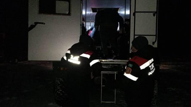 Полсотни человек эвакуировали с трассы в Костанайской области
