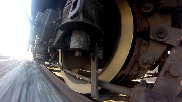 Столкновение двух поездов в Жезказгане попало на видео