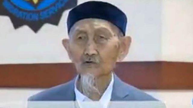 96-летний ветеран ВОВ получил гражданство Казахстана