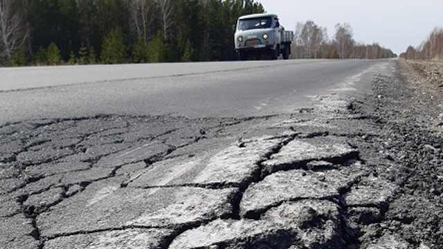 Разбитые дороги бьют по карманам сельчан Костанайской области