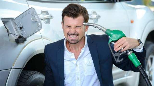 Бензин снова подорожал в Казахстане: АИ-92 продают по 177 тг