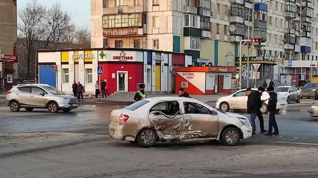 ДТП на перекрестке в Рудном: Пострадал 33-летний мужчина