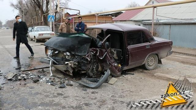 Страшное ДТП унесло жизнь водителя в Алматинской области