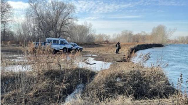 Человеческую челюсть на спиннинг выловили из реки в Казахстане