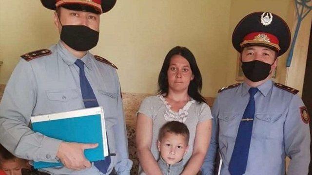 Полицейские Рудного вернули домой уже четвертого «потеряшку»