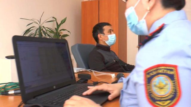 Видео: Как работает полиграф, показали полицейские Казахстана