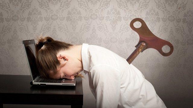 Как отличить истощение от усталости, рассказали эксперты