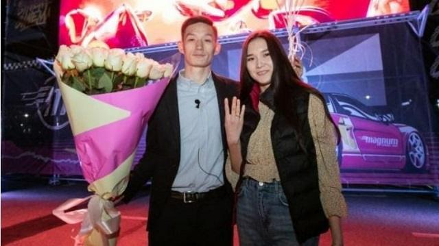 Оригинальное предложение руки и сердца сделал казахстанец