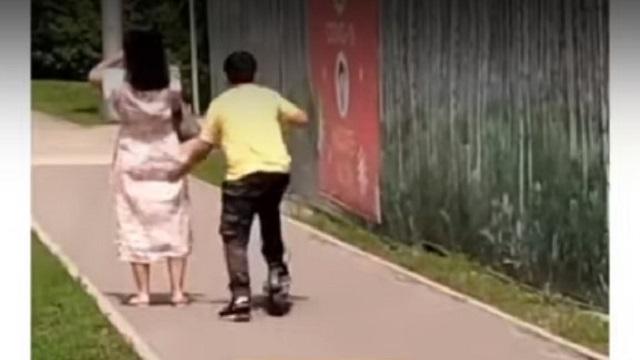 11-летние тиктокеры шлепали казахстанок и снимали это на видео