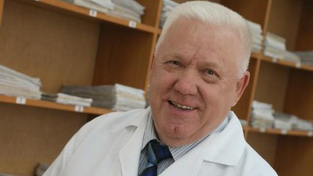 Именитому врачу Валентину Якимову исполнилось 75 лет в Костанае