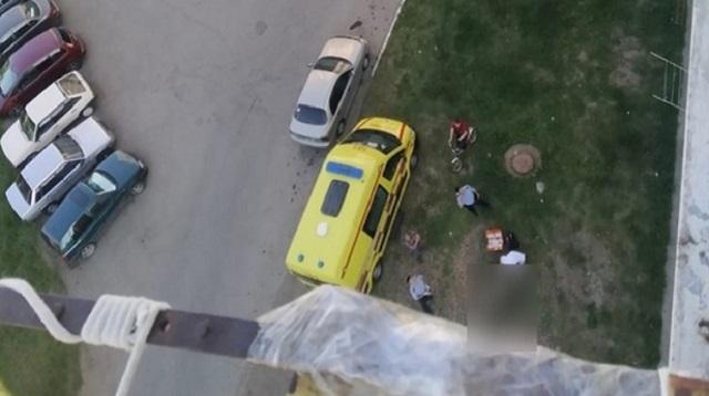 Жительница Костанайской области выпала из окна 9 этажа