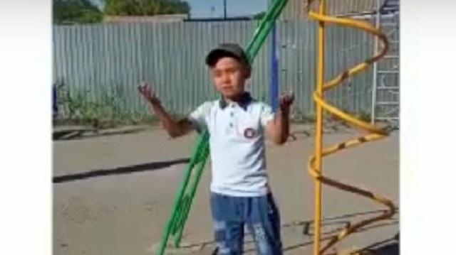 «Там, где была свалка»: Костанай-2 обзавелся детской площадкой
