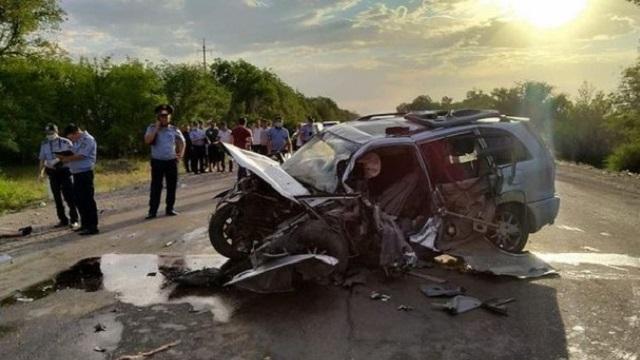 Четверо детей и трое взрослых погибли в ДТП в Алматинской области