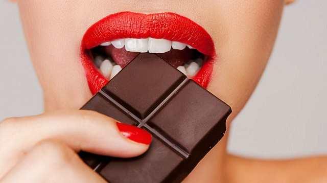 Изобретены конфеты для восстановления зубной эмали