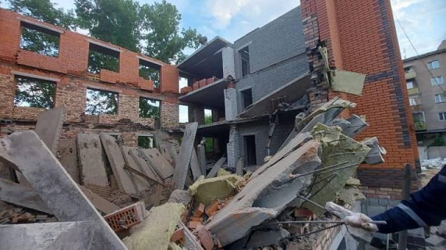 Рухнувший дом в Павлодаре строила компания без опыта