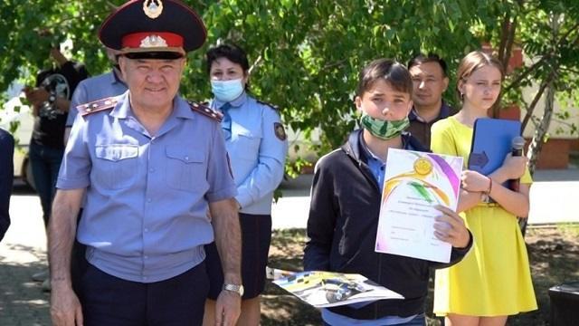 Полицейские поздравили воспитанников детского дома с праздником