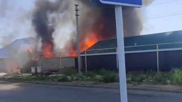 «Вызов №2»: Дополнительную технику вызвали на пожар в Костанае