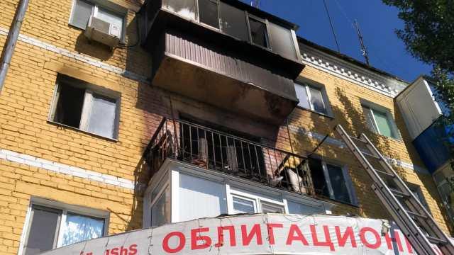 Пожар в квартирах на двух этажах потушили огнеборцы в Рудном