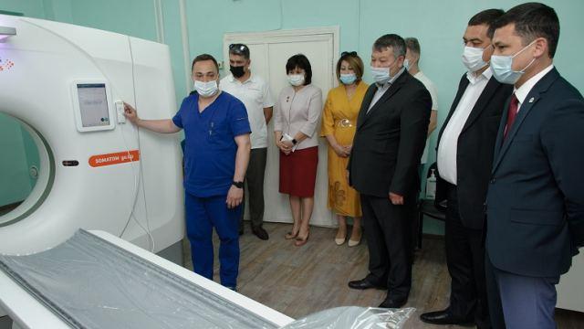 Компьютерный томограф подарили больнице в Костанайской области