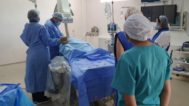 Ангиографическая операционная работает в горбольнице Костаная