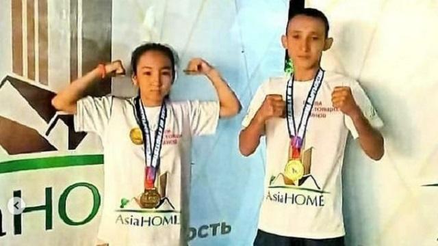 Серебро с международного турнира привезли бойцы из Костаная