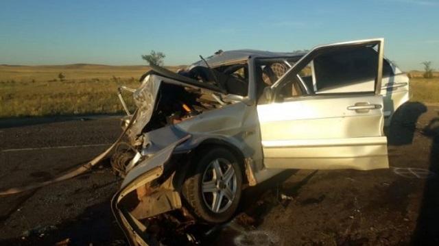 ДТП с участием трех авто в ВКО: Погибло четыре человека