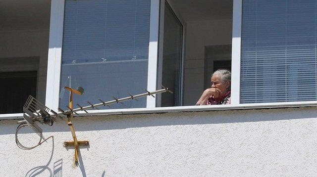 Пенсионеры умерли в своей квартире из-за теплового удара