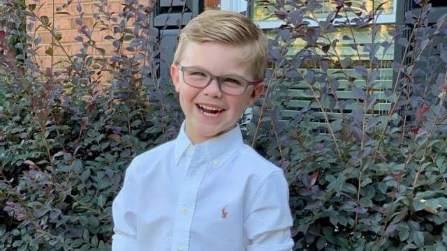 Благодаря случайному фото у мальчика нашли рак на ранней стадии