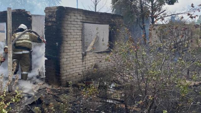 «Неудача на даче»: 5 дачных участков горели в Костанайской области