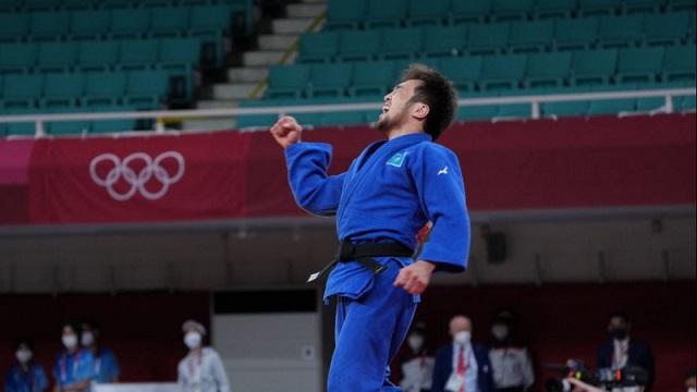 Елдос Сметов принес Казахстану первую медаль Олимпиады-2020